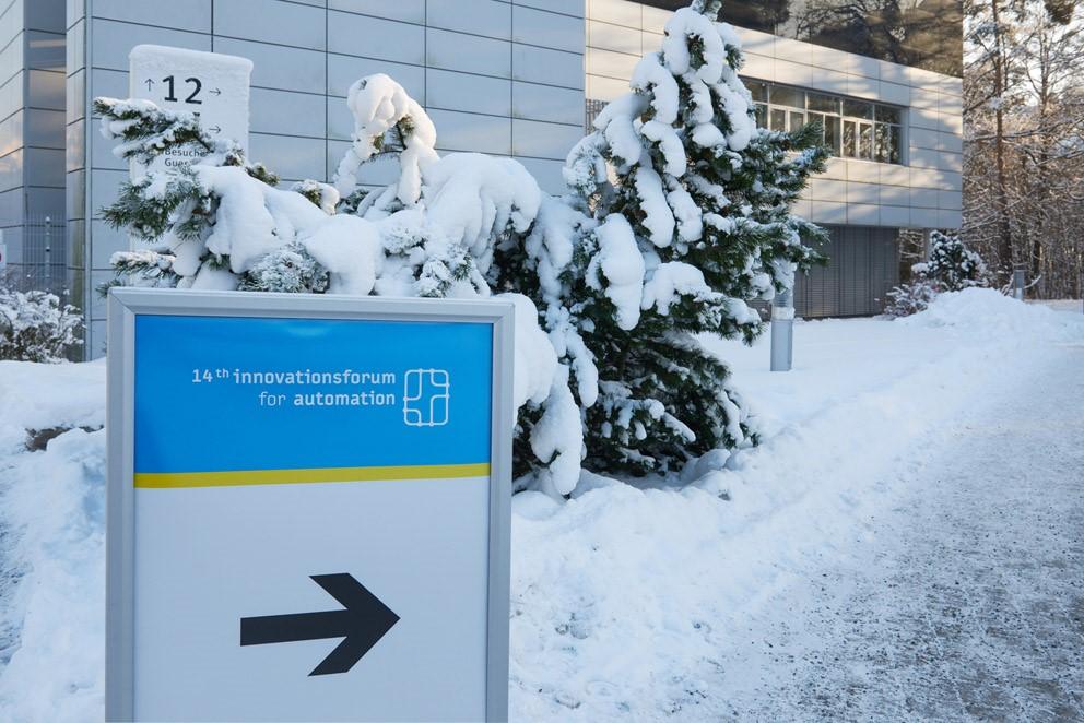14-Innovations-forum-snow.jpg